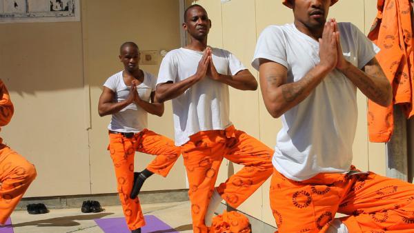 JogaIndijā cietumu sistēma ir... Autors: Moonwalker Neparastākie veidi, kā tikt laukā no cietuma