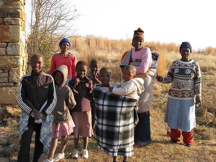Lesoto dzīvo 2 miljoni cilvēku... Autors: Sulīgais Mandarīns Lesoto - augstākā valsts pasaulē