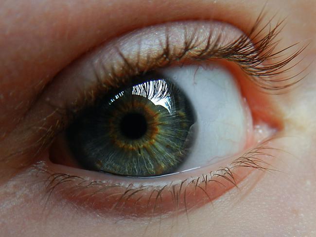 Zaļganbrūna acu krāsaJūs... Autors: Aiiva Ko par tevi saka tava acu krāsa? (2.daļa)