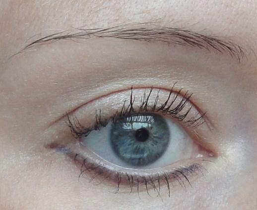 Pelēkzila acu krāsaZilo acu... Autors: Aiiva Ko par tevi saka tava acu krāsa? (2.daļa)