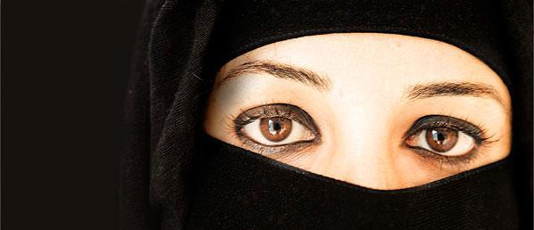 """Muhameds Kamals Mustafa autors... Autors: LordsX """"Kā pareizi sist sievu"""""""