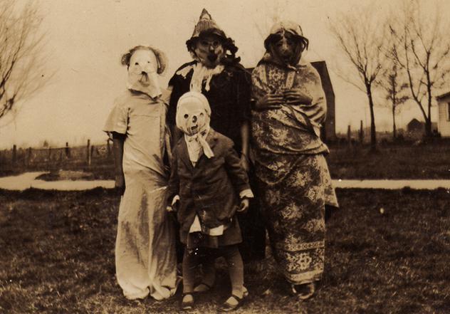 Retro helovīnu maskasnbspLai... Autors: sancisj Creepy maskas no pagātnes