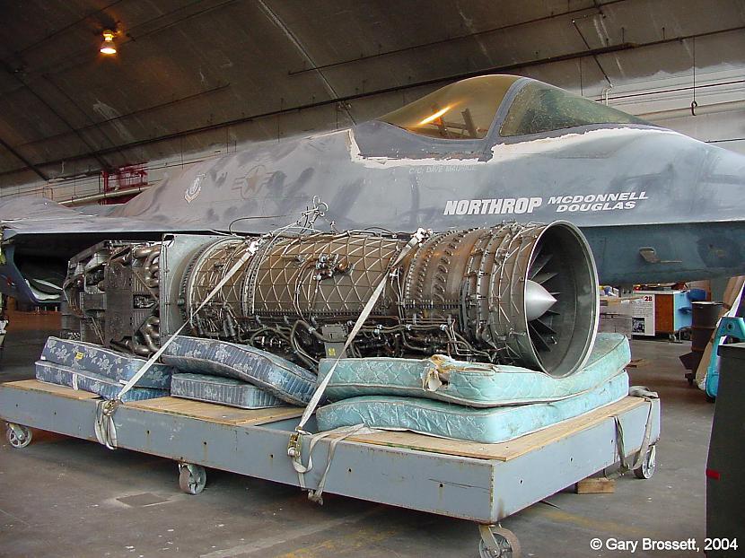 nbsp nbspKopā tika uzbūvētas... Autors: Mao Meow YF-23 – Neredzamā lidmašīna!
