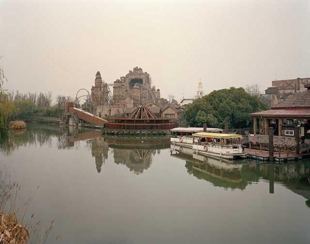 Autors: mezatrollis Pamestais atrakciju parks Ķīnā