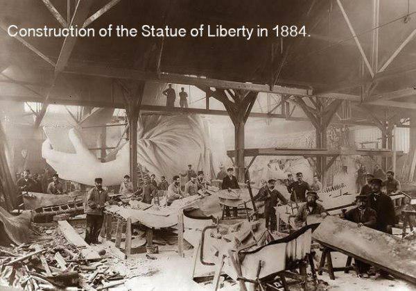 1884 gadā šajā angārā tiek... Autors: twist 18 vēsturiskas bildes, par kurām pasaule gandrīz ir aizmirsusi.