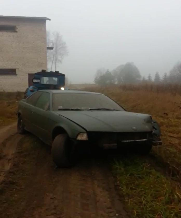 Autors: macheens BMW 318 crash