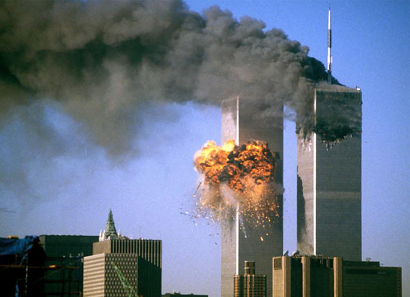 Autors: matilde Vīrietis, kurš izdzīvoja gan 11/9, gan 13/11 TERORAKTOS!