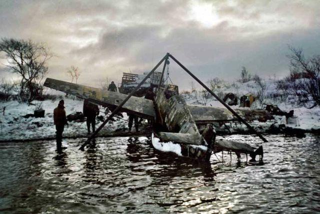 Messerschmitt Bf 109... Autors: DamnRiga WWII Pamesti, avarējuši, atrasti lidmašīnu vraki.