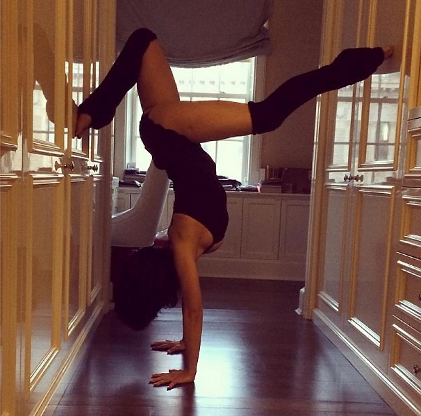 Autors: Mao Meow Meitene, kurai ļoti patīk joga!