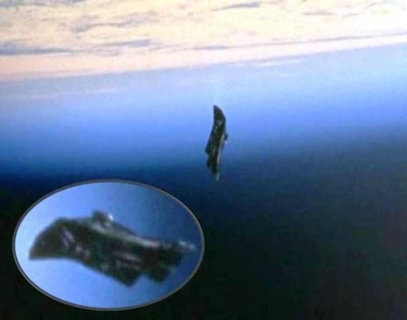 Bildē ir redzams nezināms... Autors: Kapteinis Cerība Dažas neizskaidrojamas un mistēriskas bildītes