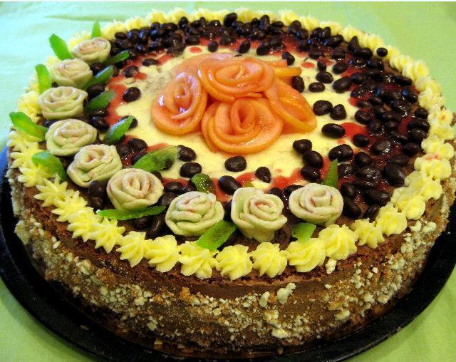 Torte ar rozītēm un rozīnēm... Autors: rasiks Dzimšanas dienai (2)