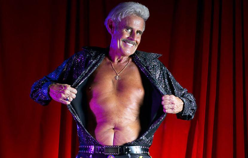 Visvecākais striptīza... Autors: Agresīvais hakeris Interesanti Ginesa rekordi, par kuriem nebūsi dzirdējis... cerams.