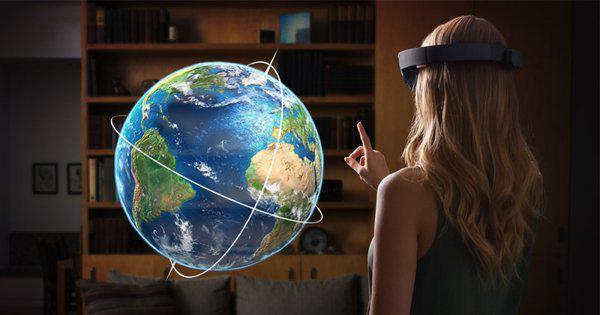 Autors: Datuvelv Microsoft HoloLens jaunā aplikācija ļauj veidot īsu filmu