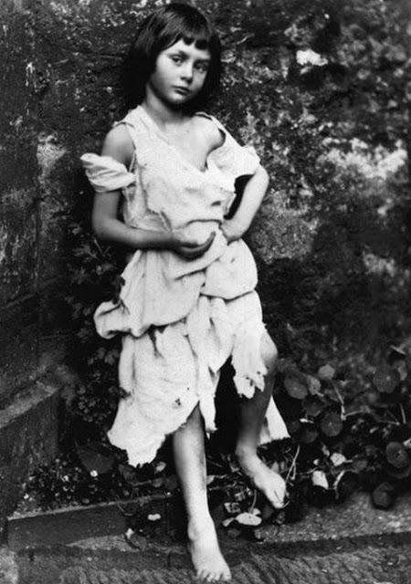 Īstā Alise Brīnumzemē Alise... Autors: theFOUR Vēsture bildēs - 2. daļa.