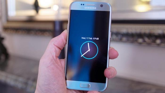 Autors: Datuvelv Consumer Reports: Galaxy S7 esot labākais viedtālrunis pasaulē