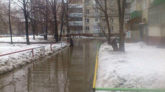 Autors: Jangbi Tikmēr Krievijā.
