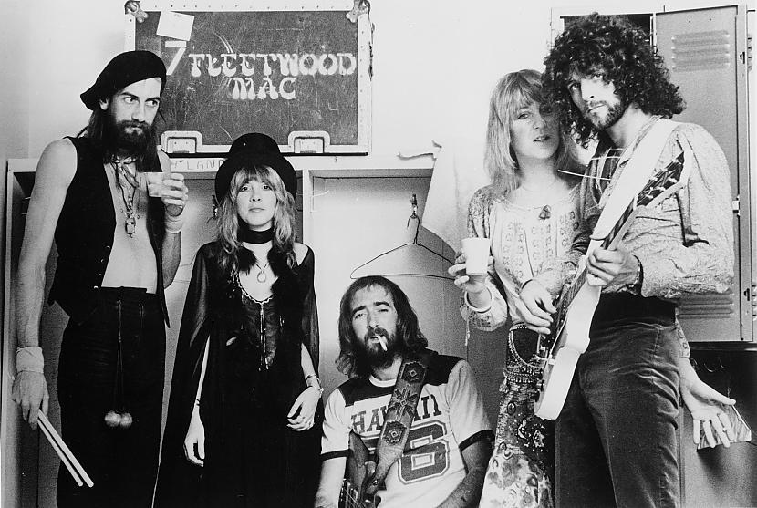 """Albuma veidoscaronana uzsākās... Autors: yinyangyo123yyy Fleetwood Mac """"Rumours"""" - albuma apskats"""