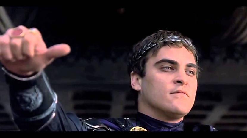 Džoakīna Fēniksa Am I not... Autors: kaķūns Interesanti par leģendāro filmu ''Gladiators''