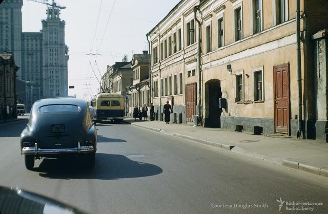 Lielā Nikitskaja iela Maskava Autors: Lestets PSRS dzīve 1950-tajos ASV diplomāta acīm
