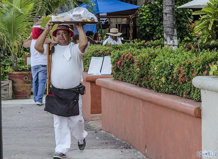 Mīklā cepto mango un banānu... Autors: Alex Vikingo Foto no Meksikas ikdienas