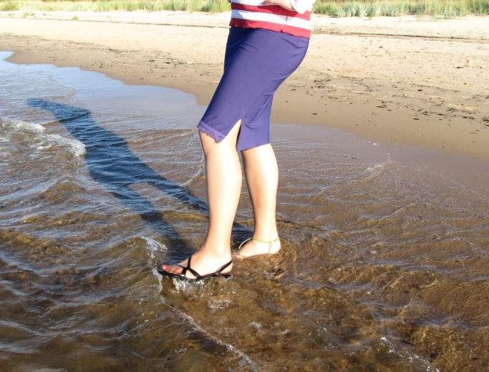 """Autors: Fosilija Blue Sea Ribbon - """"lietus sandaļu"""" jūras pastaiga 2"""