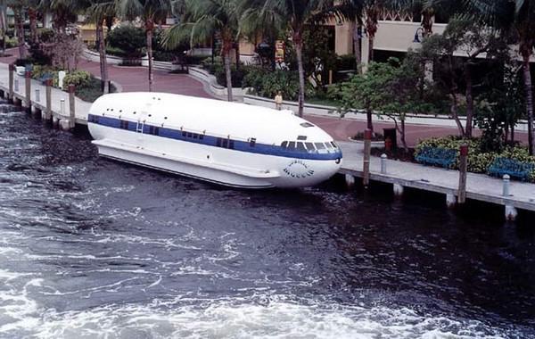 Cosmic MuffinPrincipā laivu... Autors: Bauskas Motormuzejs Neparasti ūdens pārvietošanās līdzekļi (2. daļa)