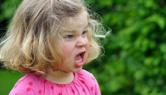 Autors: Fosilija ''Perfektā'' meitiņa, atnes ābolus | AKD :3