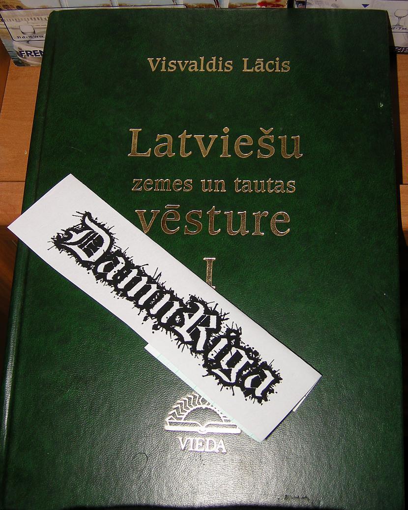 Autors: DamnRiga FS Grāmata ar zaļiem vākiem
