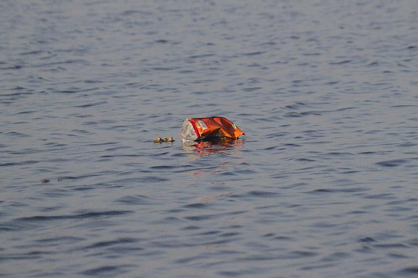 Neskatoties uz visu attālumu... Autors: Lestets Nemo punkts - tālākā vieta no sauszemes