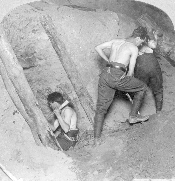 1916gada janvārī britu sapieri... Autors: Plane Crash central Viens sprādziens - 10 000 bojā gājušu vācu karavīru