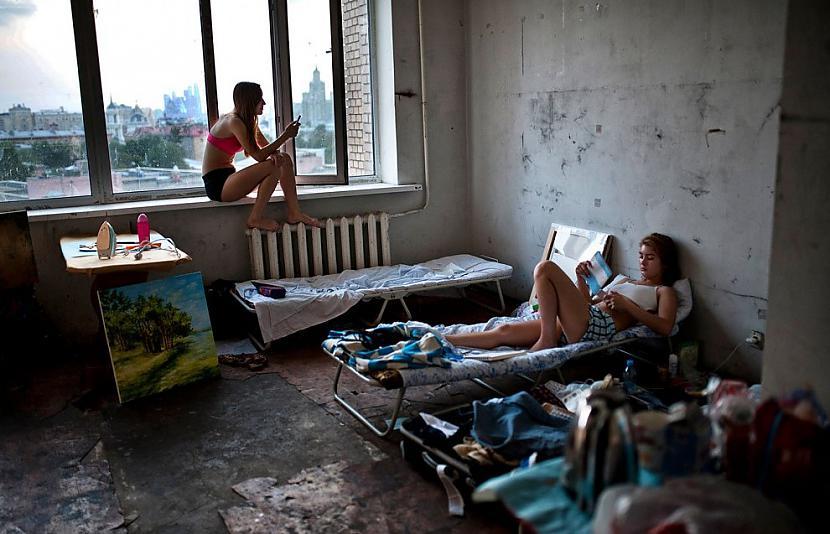 jacky un EV1TA ndash katrām... Autors: Latvian Revenger Kā būtu ja spoki kļūtu par koju biedriem?