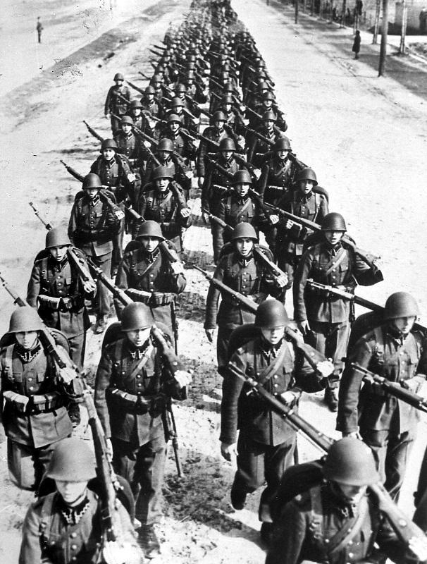 Autors: Mareks346 Operācija Barbarossa