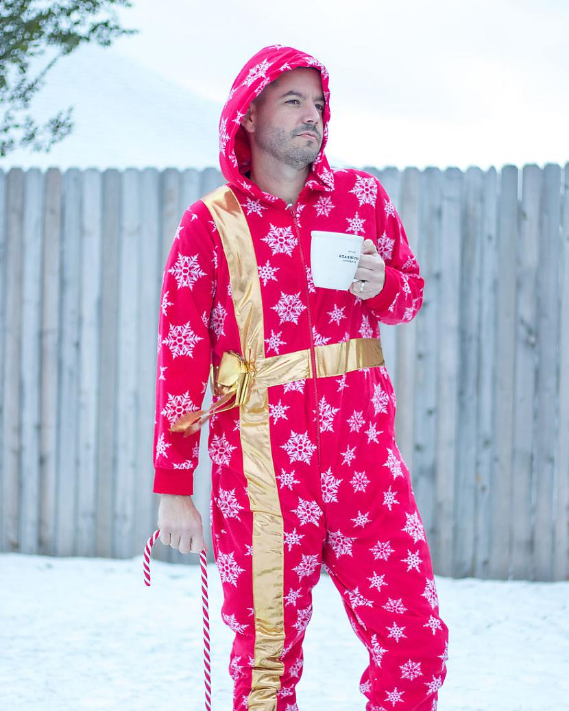 laquoTavs Ziemassvētku vecītis... Autors: matilde 7 episkas pozas Ziemassvētku fotosesijai, kas Tev obligāti šogad jāizmēģina