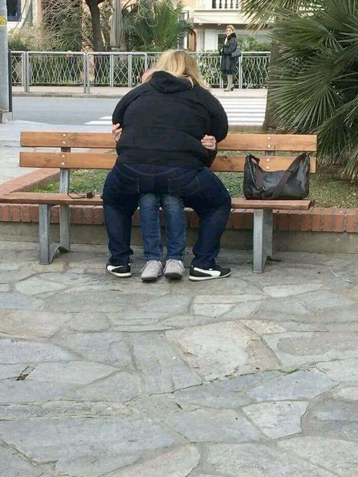 Scaronis ar laikam skaitās... Autors: Fosilija Jocīgi, bet sievietes vienmēr grib kaut kur uzkāpt...