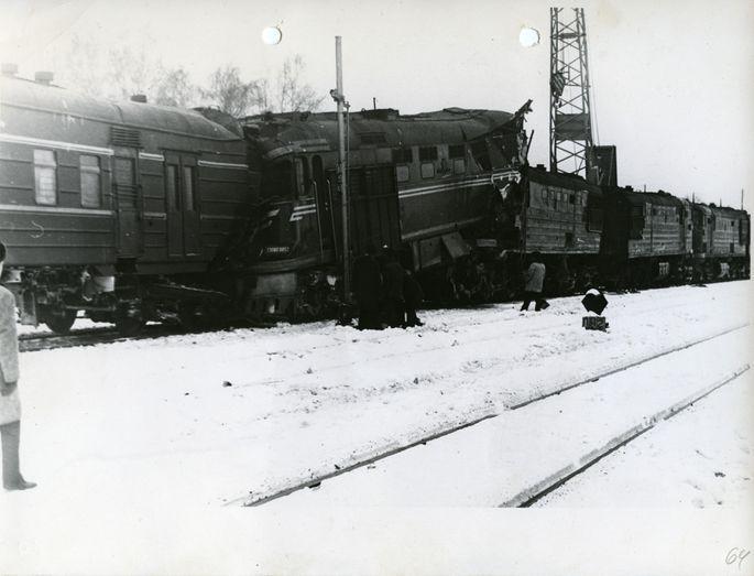 Liktenīgais 1976gada... Autors: ĶerCiet Noklusētā katastrofa: Kā nolaidība uz dzelzceļa pirms 45 gadiem izdzēsa teju 50