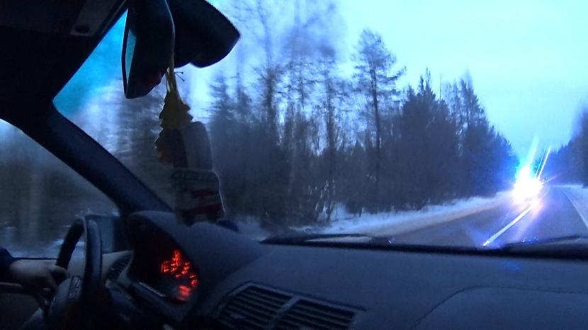 Abi bija tīri ņemami bet nu ja... Autors: MyPlace Tautā sauktais WinterBeater, jeb Ziemas misene / BMW 325i