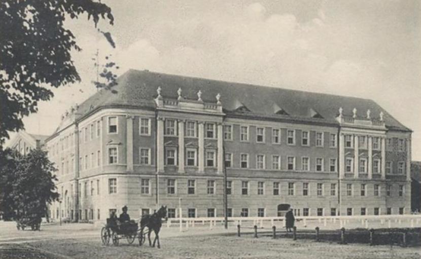 Tā ir Tilzītes tiesas ēka Tā... Autors: Lestets Kā Tilzīte kļuva par Sovetsku un pilsētas traģiskās pārvērtības