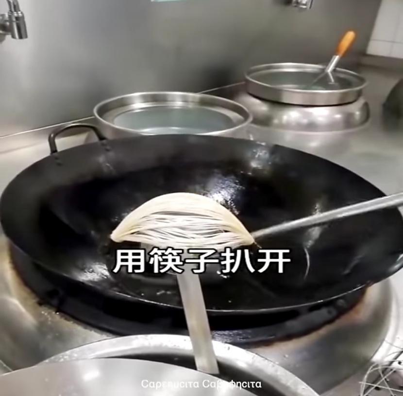 Autors: Zibenzellis69 Gatavosim interesantu ēdienu (video )