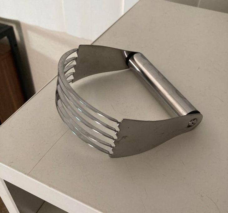 quotKaut kas kas ir mūsu... Autors: Lestets 16 virtuves piederumi, kas apmulsinās pat pašus zinošākos
