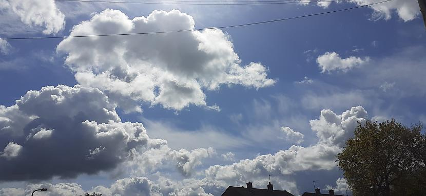 Autors: Griffith 6/5/21 foto no Malvernas, UK.