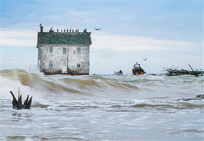 Pēdējā māja uz Nīderlandes... Autors: Lestets Cilvēka veidoti zemūdens objekti, kas liks bailēs peldēt prom