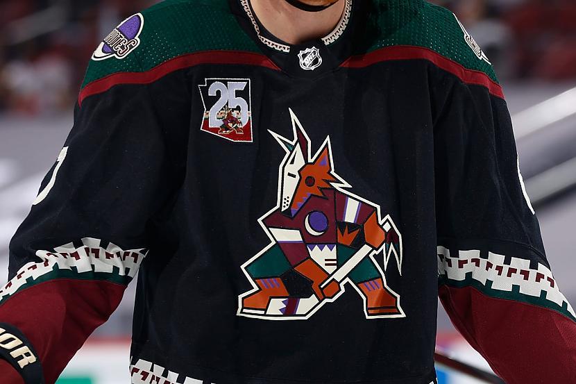 Tiem kas mazāk seko NHL... Autors: Latvian Revenger 2021. gada NHL draftā latvieši netiek izvēlēti, 1. izvēle - Ouens Pauerss