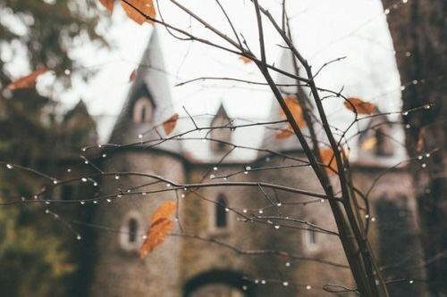 Autors: Gittux •Sajūtas•Oktobris